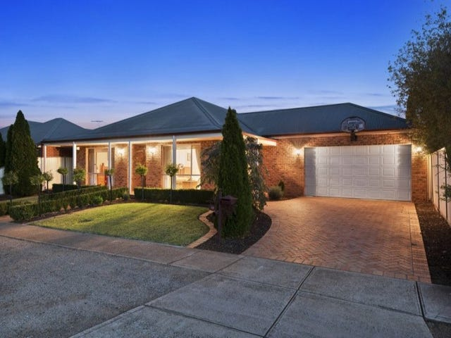 19 Phoenix Avenue, Hoppers Crossing, Vic 3029