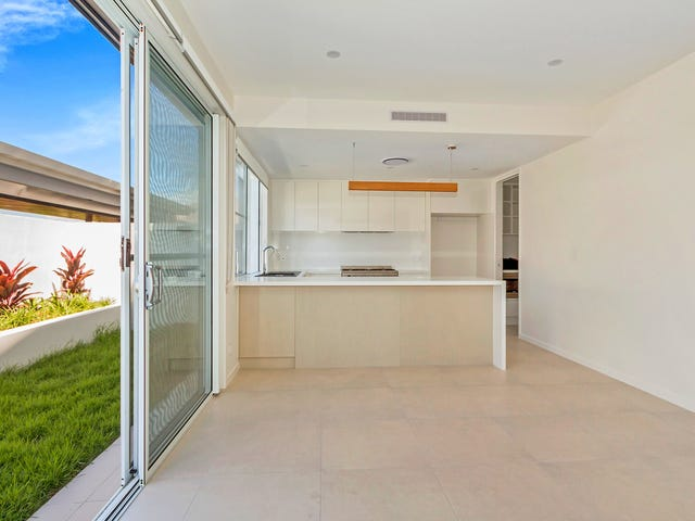24/14-16 Coral Sea Drive, Pelican Waters, Qld 4551
