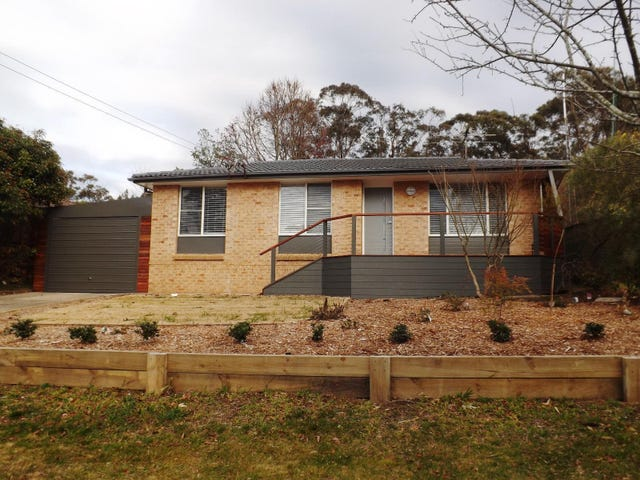 24 Hill Street, Wentworth Falls, NSW 2782