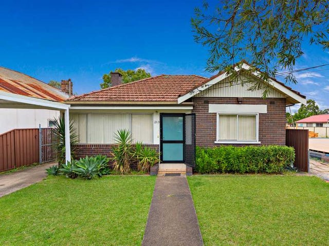 213 Noble Avenue, Greenacre, NSW 2190