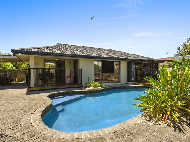 76 Campbell Street, Sorrento, Qld 4217