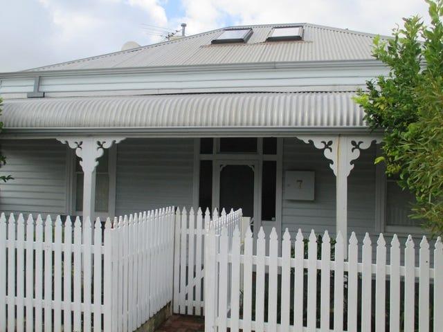 7 Higham Road, North Fremantle, WA 6159