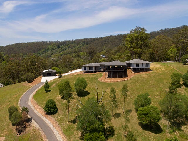 109 Dobsons Road, Clear Mountain, Qld 4500