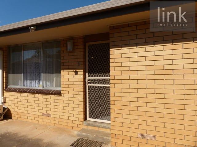 1/452 Kotthoff St, Lavington, NSW 2641
