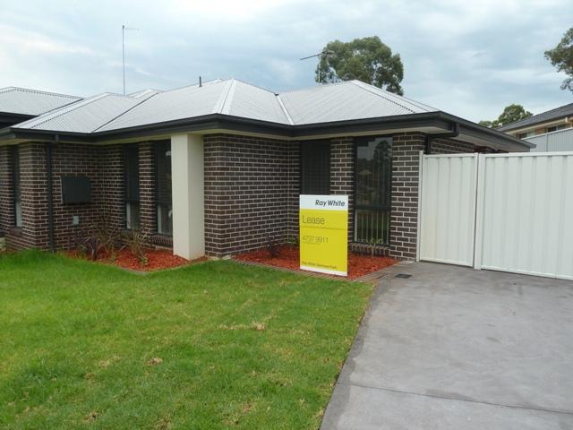 7A Harwood Cct, Glenmore Park, NSW 2745
