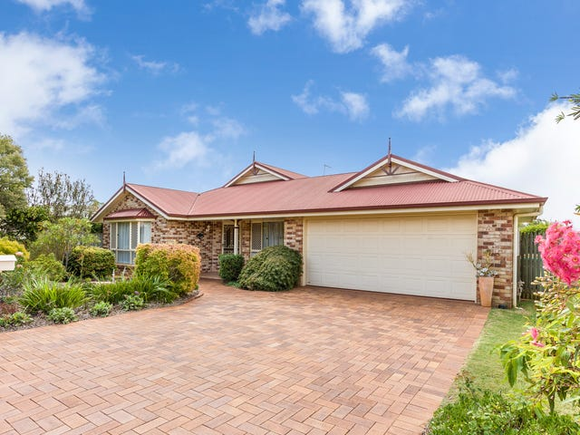 15 Chelwyn Street, Middle Ridge, Qld 4350