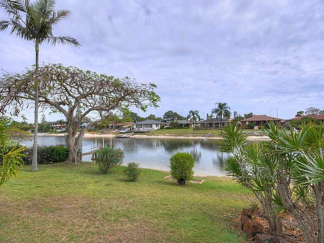 28 Weatherly Avenue, Mermaid Waters, Qld 4218