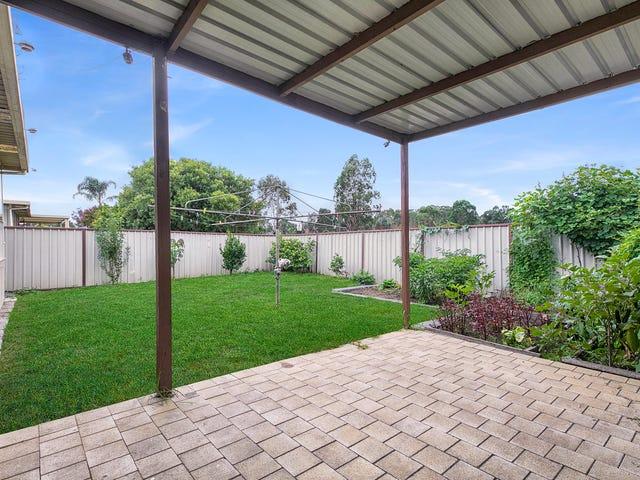 13 Adrian St, Macquarie Fields, NSW 2564