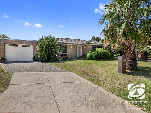 7 Loddon Court, Werribee, Vic 3030