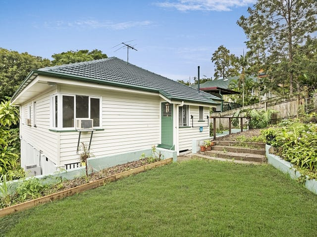 27 Mackay Terrace, Bardon, Qld 4065