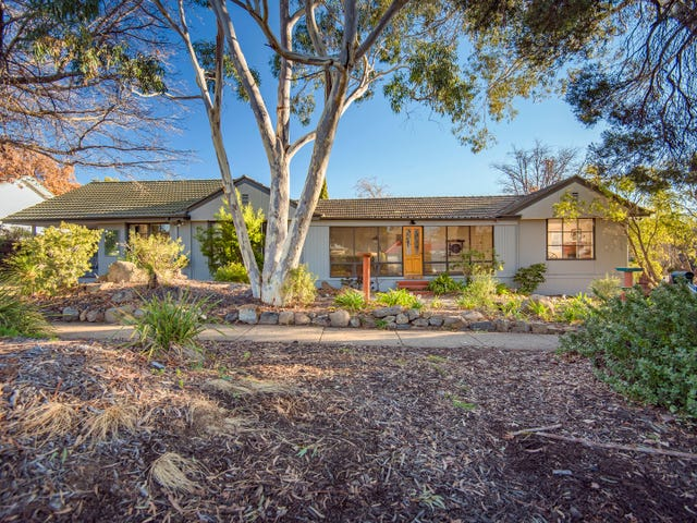 2 Walker Crescent, Griffith, ACT 2603