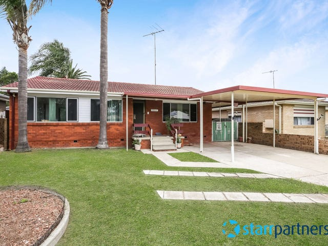 13 Elwood Cres, Quakers Hill, NSW 2763