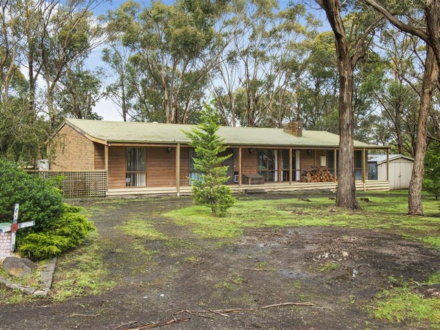 132 Clarkes Road, Enfield, Vic 3352