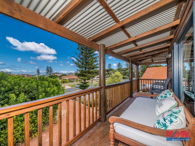 8 Chrisp Place, Yanchep, WA 6035