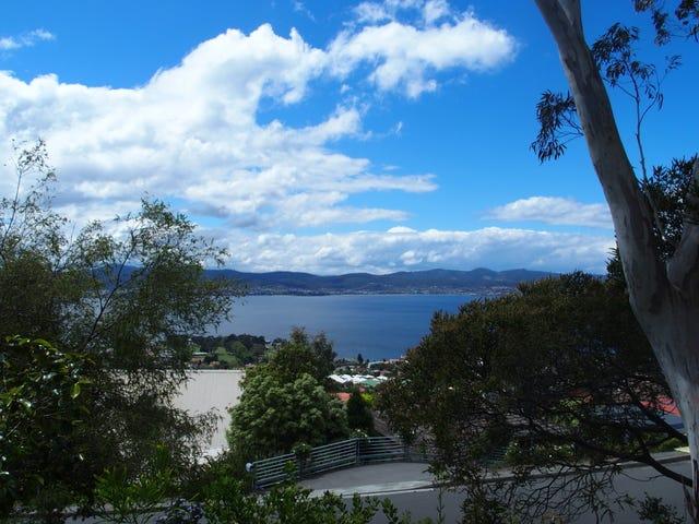 19 Nicholas Drive, Sandy Bay, Tas 7005