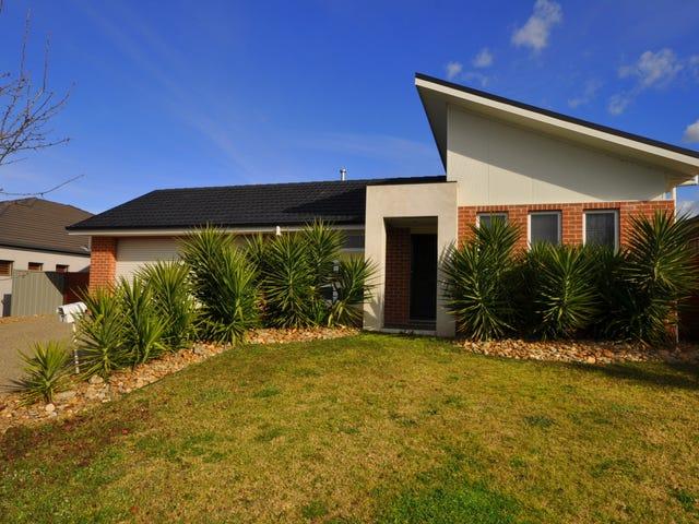 7 Warbler Court, Thurgoona, NSW 2640