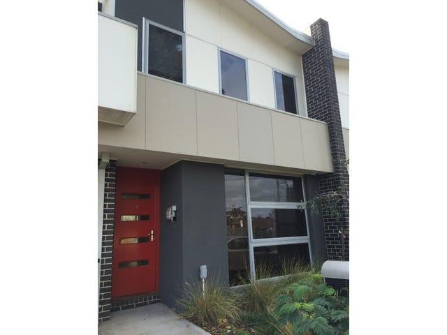 3 McRobert Street, Newport, Vic 3015