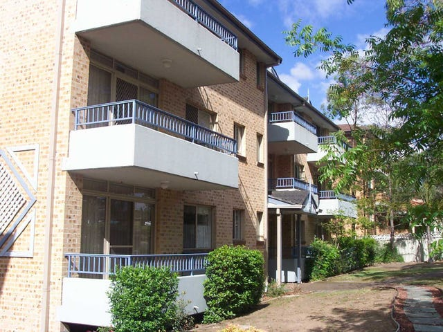 15/261 DUNMORE STREET, Pendle Hill, NSW 2145
