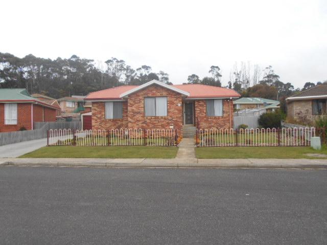 15 Undara Crescent, West Ulverstone, Tas 7315
