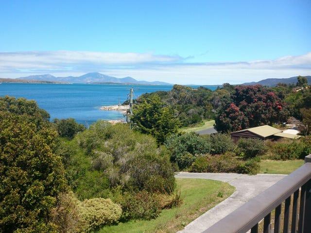 45 Franklin Parade, Lady Barron, Flinders Island, Tas 7255