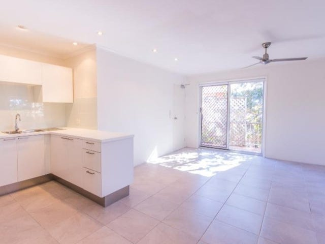 11/203 Scarborough Street, Southport, Qld 4215
