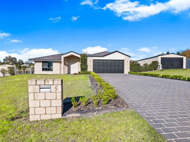 5 Phoebe Court, Cotswold Hills, Qld 4350
