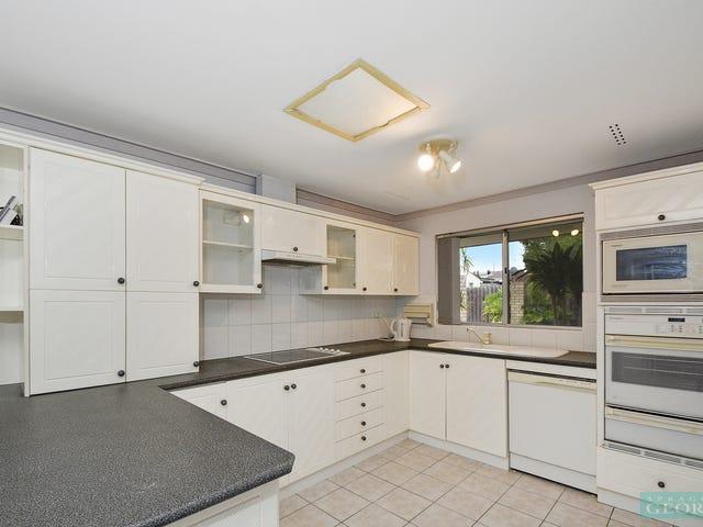 92 Dutton Crescent, Hamersley, WA 6022
