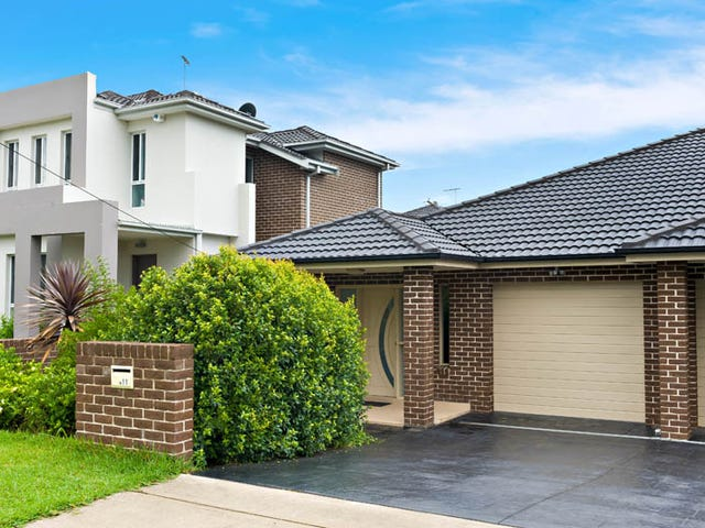 11 Matthews Avenue, East Hills, NSW 2213
