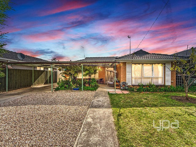 15 Sandra Street, Kings Park, Vic 3021
