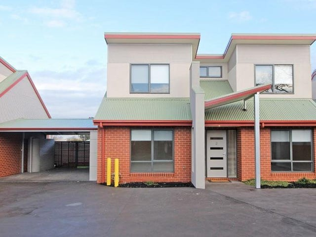 2/23-25 Warren Street, Kyneton, Vic 3444
