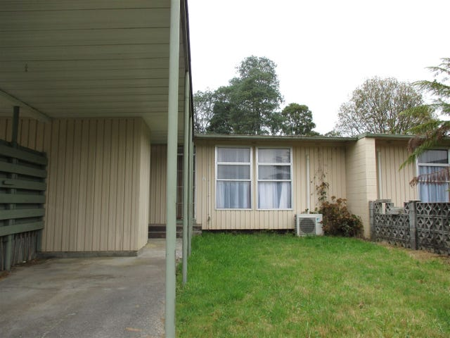 13 Leatherwood Place, Rosebery, Tas 7470