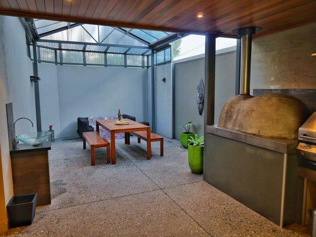 12 Plomarion Rise, Victoria Park, WA 6100
