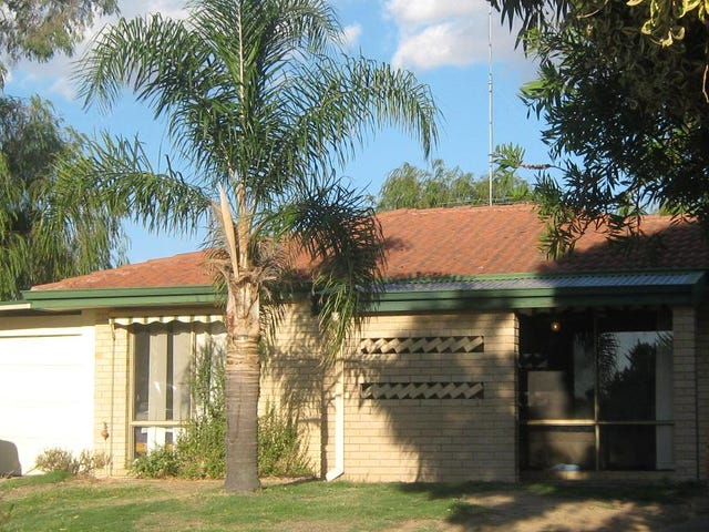 4 Palm Court, Eaton, WA 6232