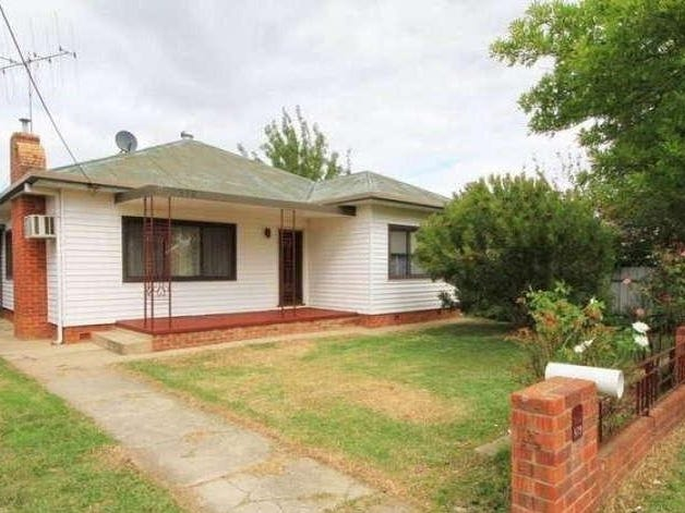 379 Kokoda Street, North Albury, NSW 2640