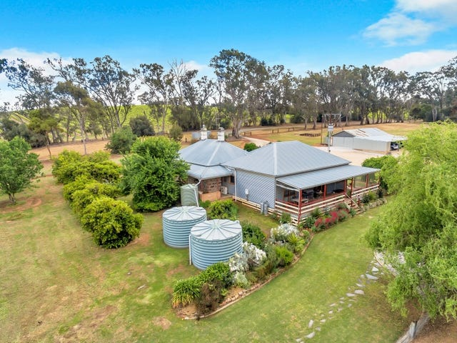74 Pearce Road, Watervale, SA 5452