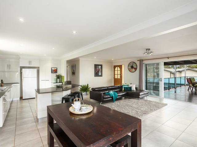 31 Lawrence Street, Woonona, NSW 2517