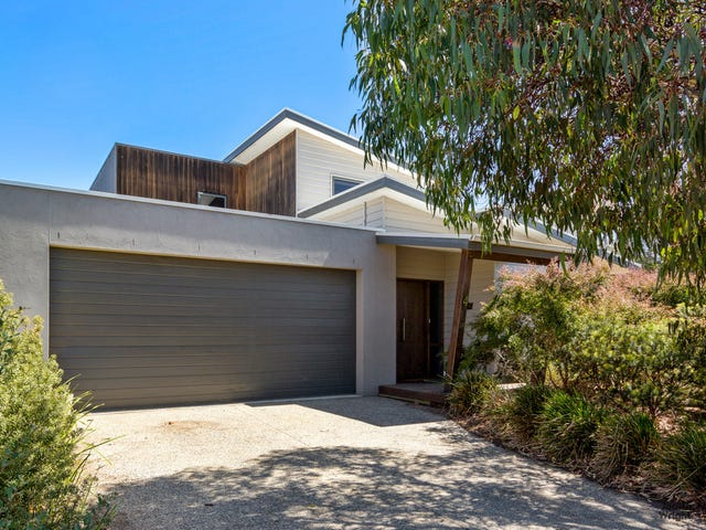 4 Waterford Drive, Cowes, Vic 3922