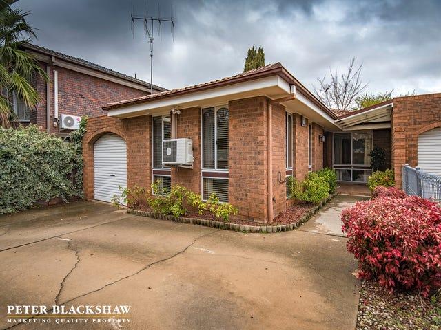 3/4 Marguerita Place, Queanbeyan, NSW 2620
