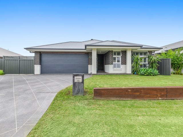 15 Bayview Avenue, Haywards Bay, NSW 2530