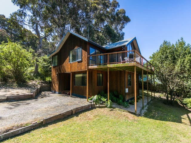 32 Deans Marsh Road, Lorne, Vic 3232