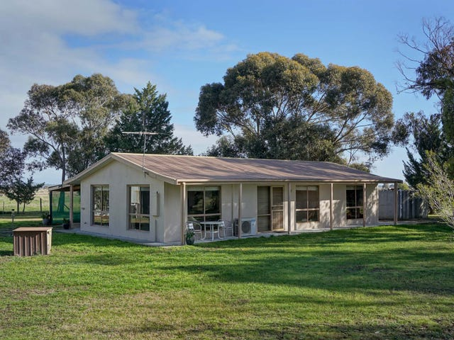 275 Mclennans Road, Clunes, Vic 3370