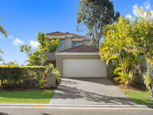 2  Harrow Place, Arundel, Qld 4214