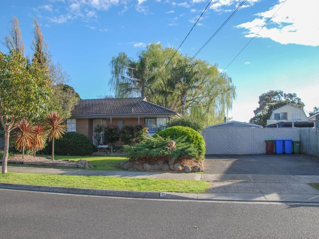 5 Circle Drive North, Cranbourne, Vic 3977