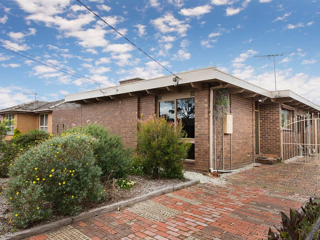 10 Selsey Street, Seaford, Vic 3198