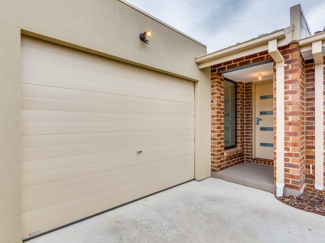 3/7 Lossi Court, Taylors Lakes, Vic 3038