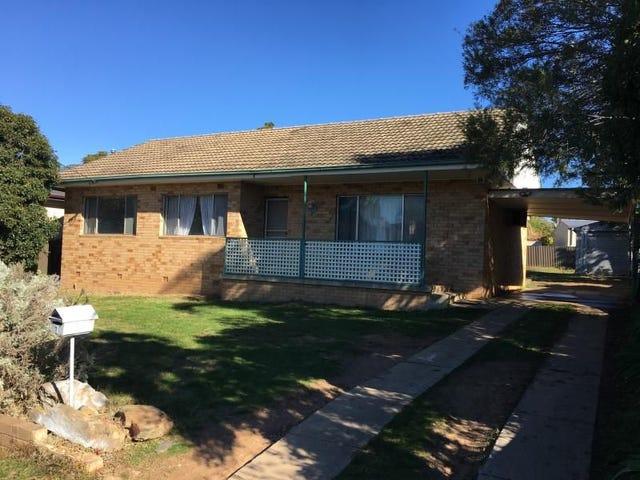 7 Ziegler Avenue, Kooringal, NSW 2650