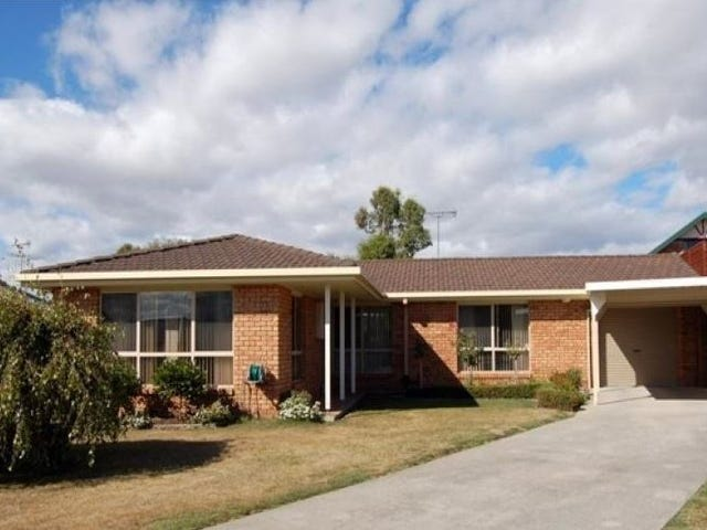 2 Colin Court, Shearwater, Tas 7307