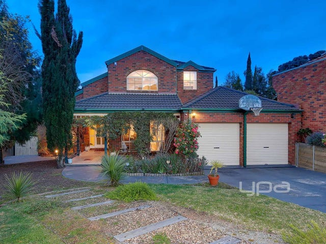 8 Cannes Court, Greenvale, Vic 3059
