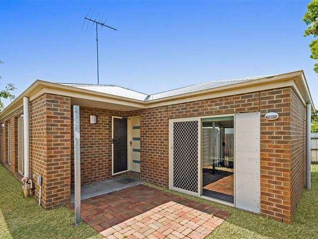 2/9 McNeill Avenue, East Geelong, Vic 3219