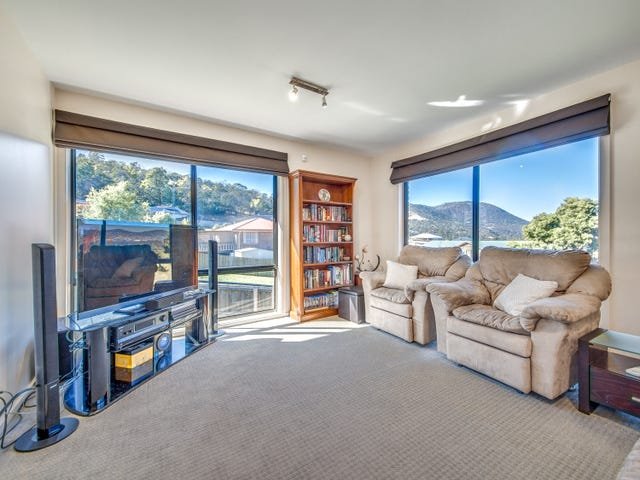 1/36 Shelmore Drive, Old Beach, Tas 7017